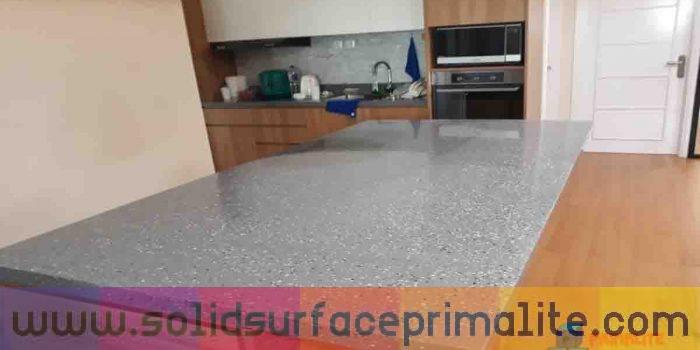 6 Keunggulan Solid Surface Untuk Interior