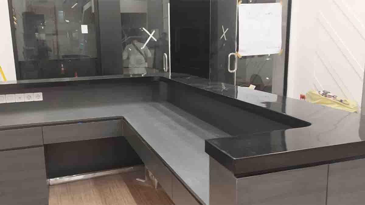 Top Table dari Solid Surface Ruangan jadi Lebih Indah